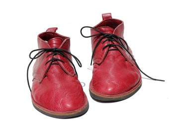 Vintage Men's Red Leather Moccasin Shoes / size 10