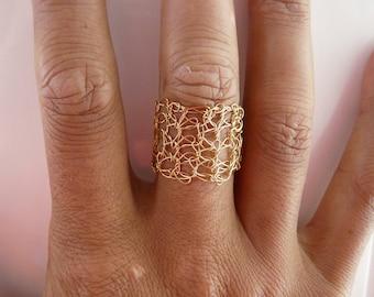 Gold plated ring. Gold ring. flexible ring. Golden ring. crochet ring. metal ring. sparkling metal ring. crochet ring. flexible metal ring.