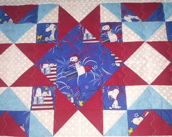 Snoopy Patriotic Tablerunner