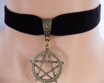 black velvet choker,pentagram choker, pentagram necklace