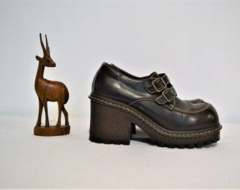 Vintage Shoe Chunky Platform Loafer 90's