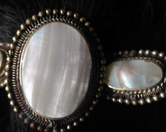 Mother-of-pearl bracelet white and metal pearl bangle