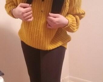 Vintage yellow oversized sweater
