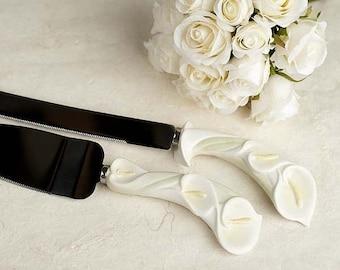 Calla Lily Stylized Wedding Cake Server Set - Custom Engraving Available - 558109