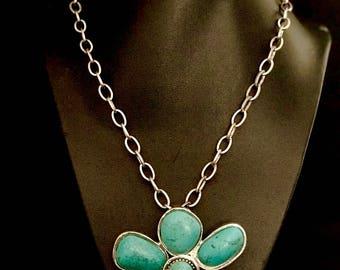 Large Vintage Turquoise Pendant Necklace          2802
