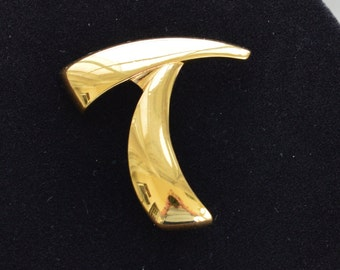 "Pretty Vintage Gold tone ""T"" or Abstract Brooch, Monet (T6)"