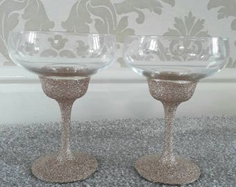 Set of 2 glittered stem margherita glasses