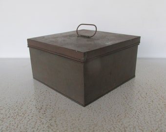 "10"" Antique Pantry Storage Tin Square Box with Lid and Handle"