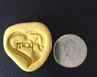 Mom heart mold