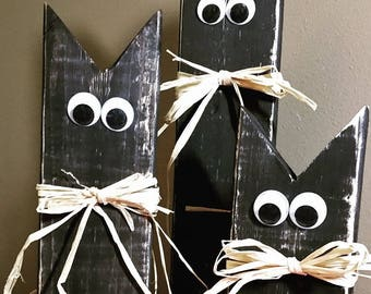 Rustic/Farmhouse/Primitive Wood Black Cats, Set of 3