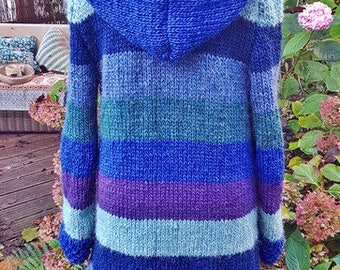 Knitting coat from Iceland wool ***M
