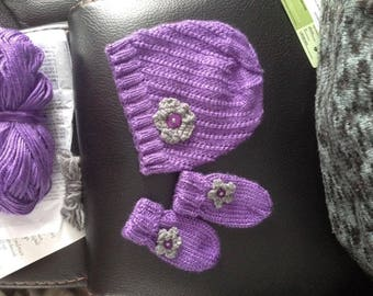 Hat and mittens for baby Kit
