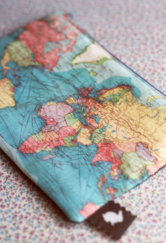 World map purse make up bag pencil case or travel bag for map like this item gumiabroncs Gallery