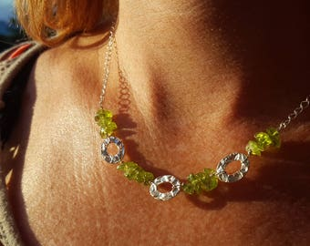 Unique Peridot & Hammered Sterling Silver Necklace - Gift For Her, August Birthstone, Boho Necklace, Trendy, Peridot Necklace, Mum Gift