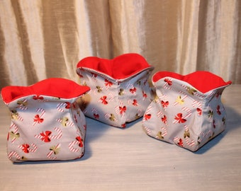 set of 3 baskets for the Christmas table. ORIGINAL and only 2 sizes