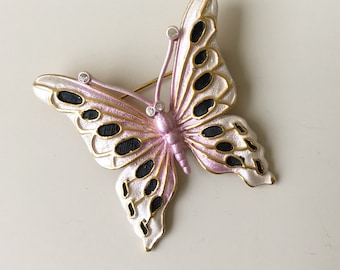 Lovely vintage butterfly brooch
