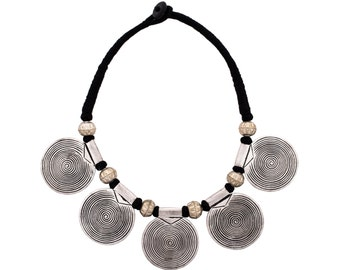 Modern Necklace Circles