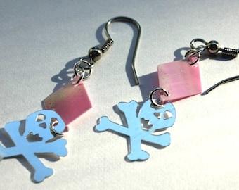 Halloween Earrings Silver Skull & Cross Bone Pink Diamonds Pirate Dangles Plastic Sequins