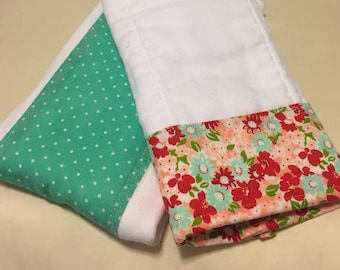 Gift Set : Personalized Burp Cloth Set