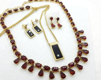 Avon Delmonico 1976 Golden Set with simulated Onyx and rhinestones and Ruby Red  Pendant Pierced earrings Modern Chic