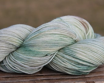 Firefly - merino/nylon, super wash sock yarn, indie dyed, hand dyed, knitting, crochet