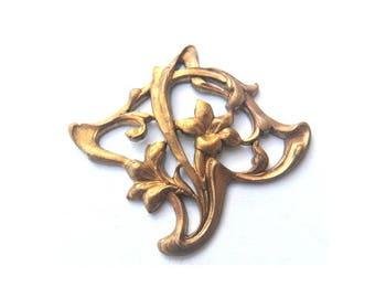 VINTAGE metal stamping flower copper metal findings 33mmx30mm