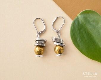 Boucles d'oreilles or et argent, bijou perle de pytite or facettée, bijou mariage, cadeau bijou or filles honneur, boucles pendants empilés