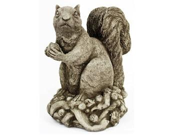 Big Squirrel With Nut Decorative Concrete Statue Cement Garden Statue  Figure Cast Stone European Sculpture Art Decor