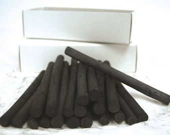 Coates Willow Charcoal 100 x Large Sticks (10 - 12mm)