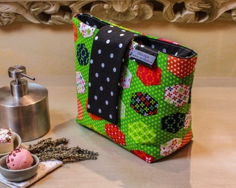 Green makeup pouch. Cosmetic bag. Large makeup bag. Toiletry bag. Travel cosmetic case. Large zipper.