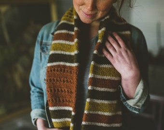 Shoreline Infinity Cowl Scarf PDF Knitting Pattern Striped Chunky Circular