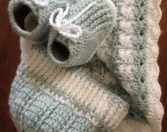 Baby blanket, hat , booties