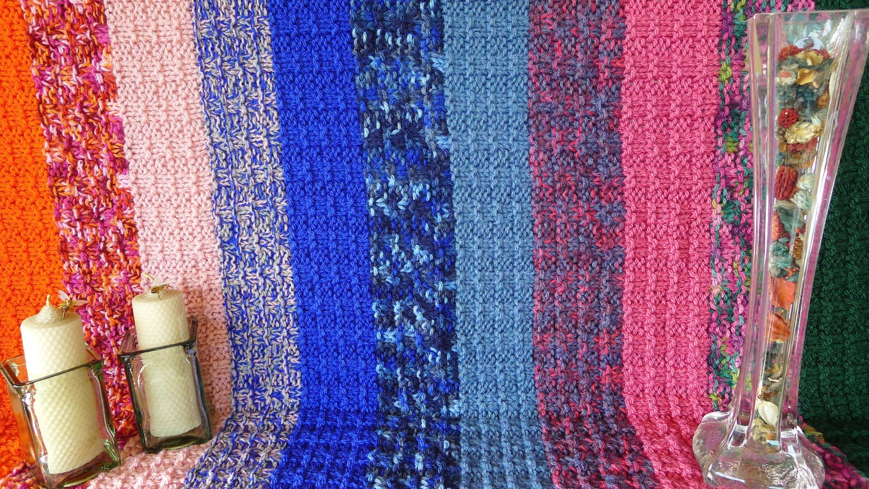 Manta de lana de rayas mantas tejidas a dos agujas mantas de for Mantas de lana hechas a mano