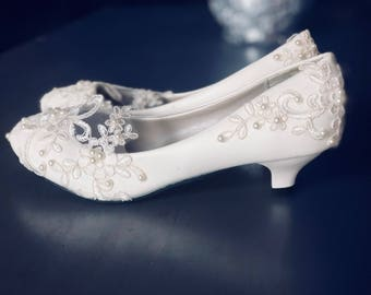 Lace low heel bridal shoes- Wedding Shoes-Bridal Shoes
