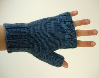 blue fingerless gloves for men knitted with yarn 100% wool