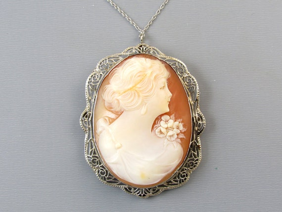 Vintage Art Deco 14k white gold filigree cameo pendant necklace