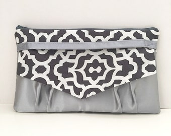 Geometric Gray and White Silver Envelope Clutch