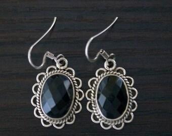 ON SALE Elegant BLACK Onyx Silver Earrings