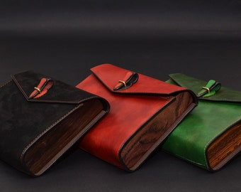 Laruel leather wood clutch COOB by Nautilus