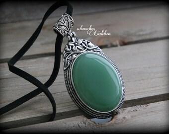 Aventurine gemstone necklace with wild leather strap