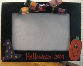Halloween Frame - Halloween 2017 - Personalized Halloween holiday photo picture frame
