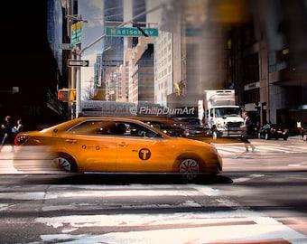 Yellow cab, New York City, Manhattan, USA, symbol of New-York, urban american landscape, car, pedestrian crossing, color photography