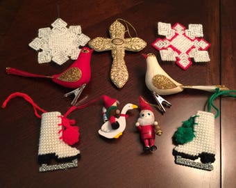 Lot of 9 Vintage Christmas Tree Ornaments Some Handmade
