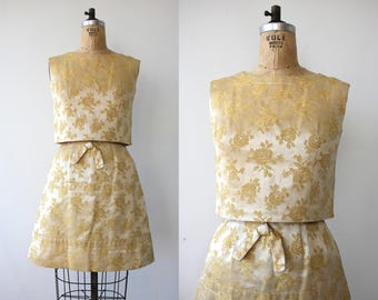 vintage 1960s dress / 1960s two piece brocade dress set / 60s gold party dress / 60s floral brocade cocktail dress / small 25 inch waist