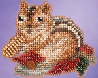 Mill Hill Autumn Harvest Collection - Chippy MH18-5205, Ornament Beaded Counted Cross Stitch Kit