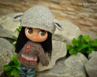 Mini sweater for petite Blythe raglan sweater dress otfits clothing handmade knit miniature clothes