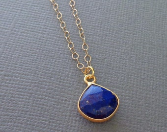 Lapis Lazuli Necklace /Small Lapis Gold Chain/Natural Stone Pendant/Lapis and Gold Necklace/Blue Gold Necklace/Dark Blue Stone /BE12