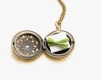 Wedding Party Gift | Bridesmaid Jewelry Personalized Hand Written Note Locket Necklace | Secret Message Locket | Christmas Gift Bridesmaid