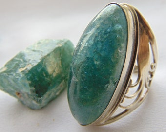 Ring 'My Quiet Sea'. Price: 34 dollars. Apatite with filigree in silver