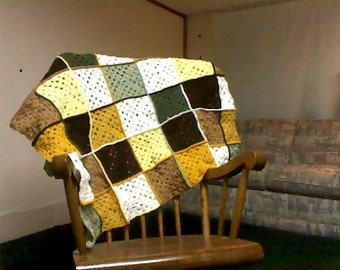 Toddler or lap earth tone granny square afghan